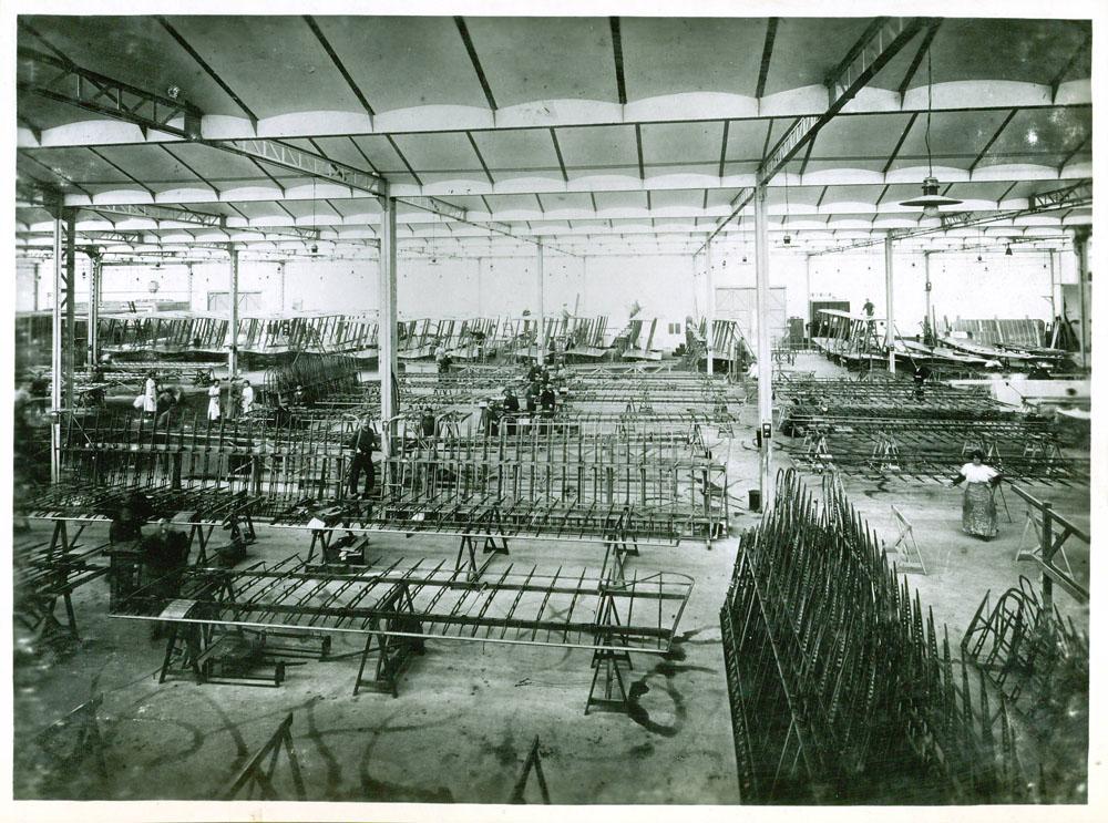 Atelier de préparation des cellules d'avions © APR Droits réservés