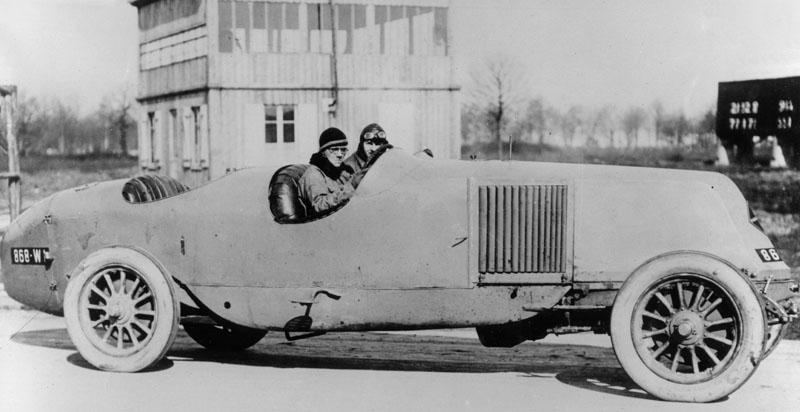 40 cv de course © Renault Histoire