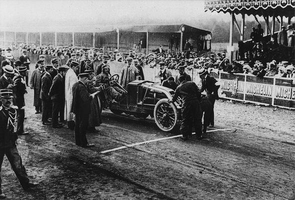 La 90 cv au Grand Prix de la Sarthe - 1906 © SHGR Tous droits réservés.