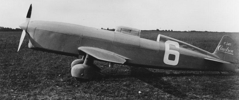 Caudron type coupe Deutsch avec lequel Raymond Delmotte battit deux records du monde en décembre 1933 à Istres © Renault Histoire