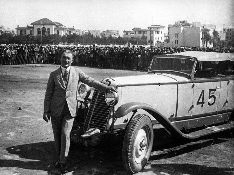 Nervastella type TG à l'arrivée du Grand Prix du Maroc, avril 1930 © Renault Histoire