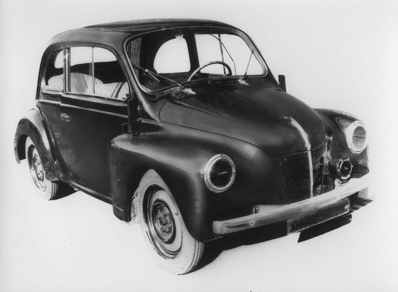 Prototype n°2 de la 4 cv © Renault Histoire