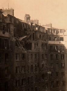 L'immeuble en face du domicile de Paul-Henri Détrie, 122 avenue Murat, touché par le bombardement du 15 septembre 1943. © Paul-Henri Détrie