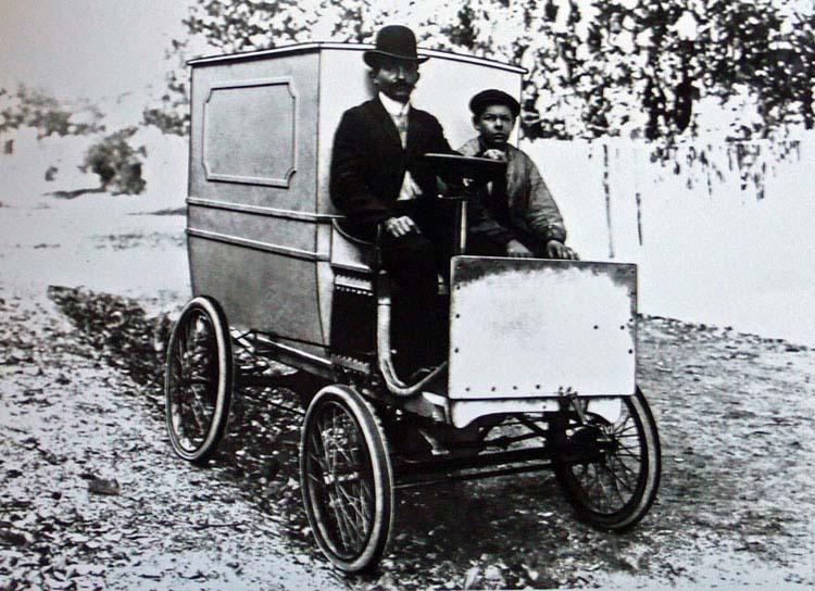 Figure 1: premier camion Renault 1900 © Fondation Berliet Droits réservés