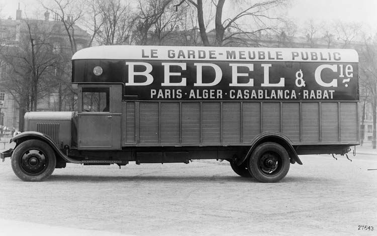 Figure 67 : Camion Renault de type UDD 25 cv en 1932 © Renault communication / PHOTOGRAPHE INCONNU (PHOTOGRAPHER UNKNOWN) DROITS RESERVES