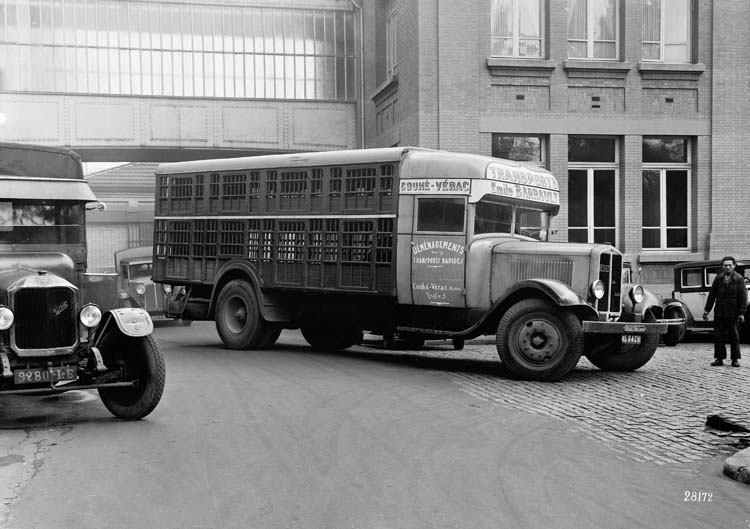 Figure 80 : Camion Renault type UDD 25 cv 7.5 tonnes 1933 © Renault communication / PHOTOGRAPHE INCONNU (PHOTOGRAPHER UNKNOWN) DROITS RESERVES
