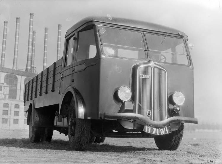 Figure 95 : Camion Renault de type ABF 85 cv 5.5 tonnes en 1934 © Renault communication / PHOTOGRAPHE INCONNU (PHOTOGRAPHER UNKNOWN) DROITS RESERVES