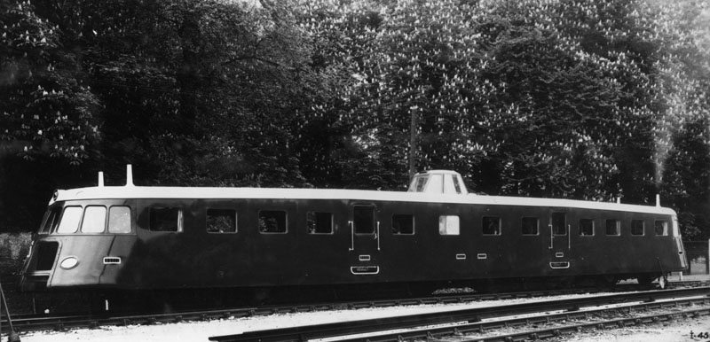 Autorail AEK prototype – 1936 © Renault communication / PHOTOGRAPHE INCONNU (PHOTOGRAPHER UNKNOWN) DROITS RESERVES