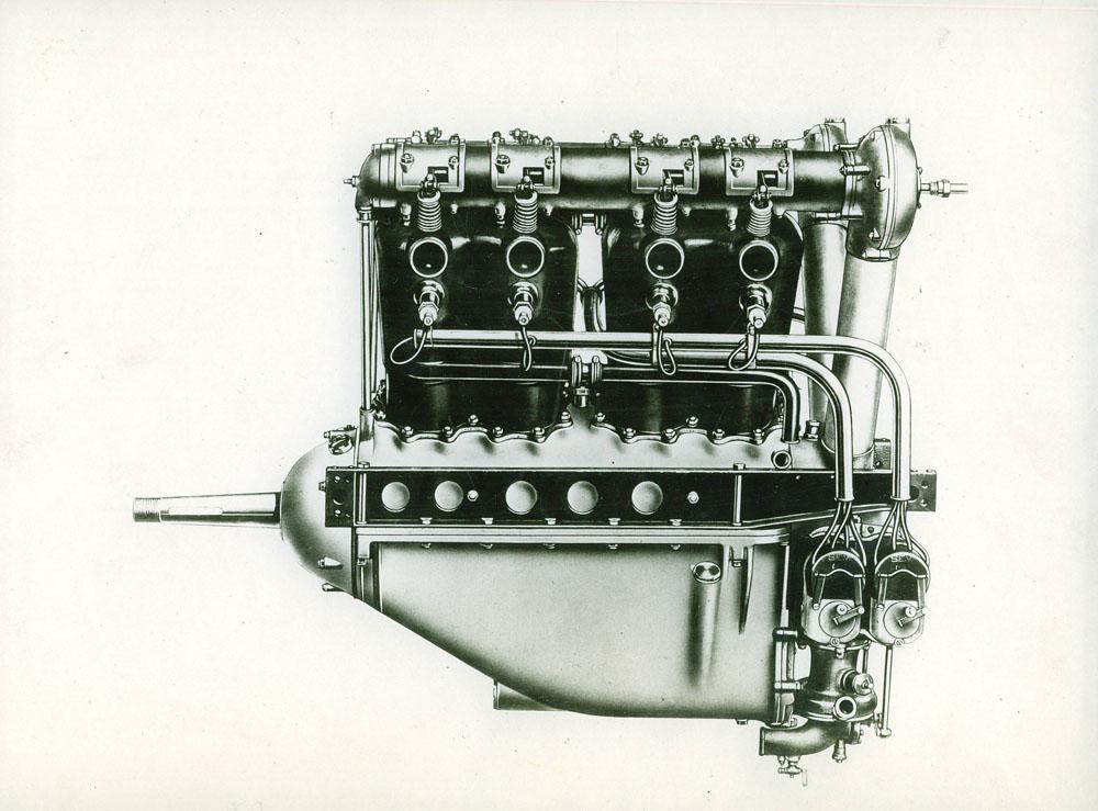 Moteur d'aviation 170 cv 8 cylindres - 1916 © APR Droits réser