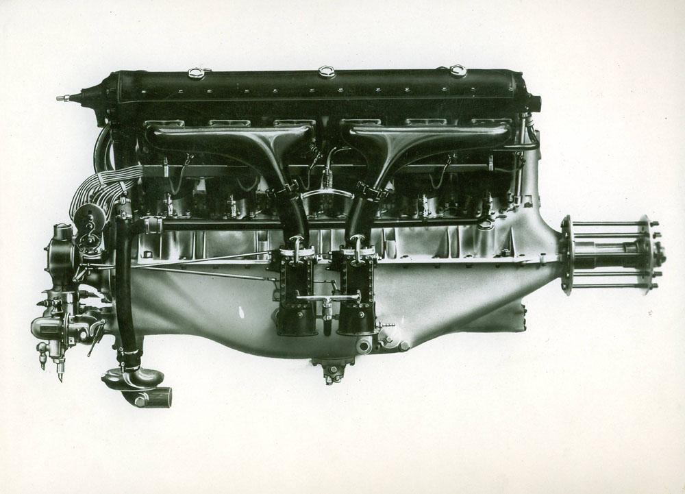 Moteur d'aviation 580/675 cv 12 cylindres © APR Droits réservés