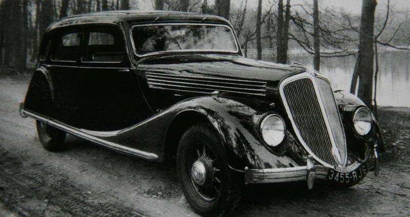 Limousine Nervastella ABM4 © Renault