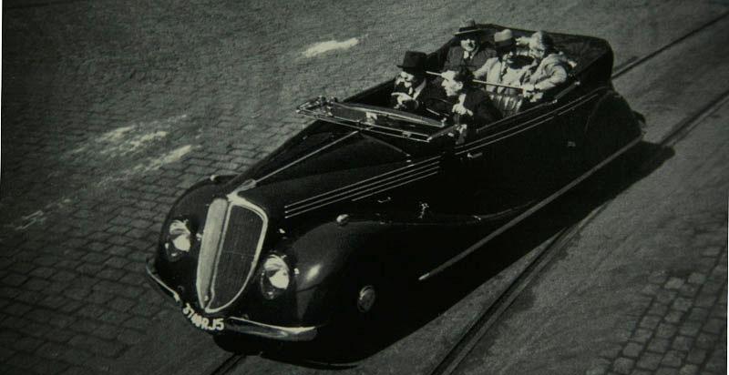 Coach décapotable Nervastella Grand Sport ABM3, avec Louis Renault au volant © Renault