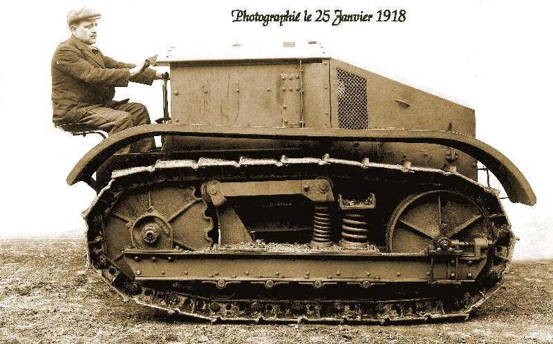Le premier « char agricole » Renault (Archives ATR)