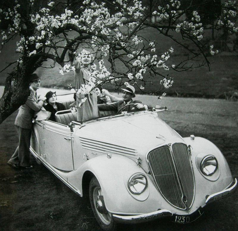 Coach décapotable Vivastella Grand Sport ACX1 1935 © Renault