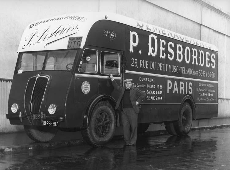 Camion de déménagement Renault type AGLD 130 cv 7 tonnes - 1937 © Renault communication / PHOTOGRAPHE INCONNU (PHOTOGRAPHER UNKNOWN) DROITS RESERVES