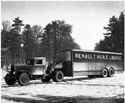 Tracteur Renault semi-remorque de type TTD6B 40 cv 15 tonnes en 1933 © Renault communication / PHOTOGRAPHE INCONNU (PHOTOGRAPHER UNKNOWN) DROITS RESERVES