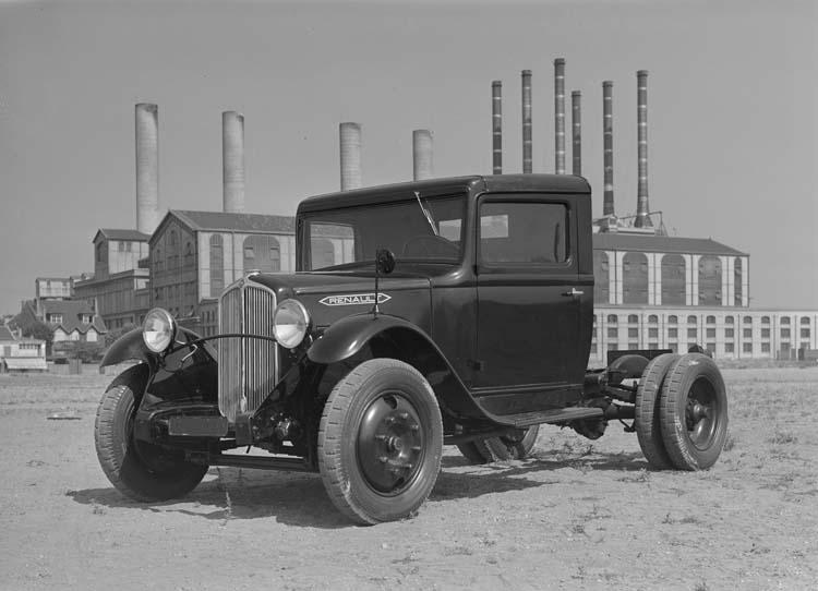 Camion tracteur Renault YGAC 77 cv 6 tonnes 1934 © Renault communication / PHOTOGRAPHE INCONNU (PHOTOGRAPHER UNKNOWN) DROITS RESERVES